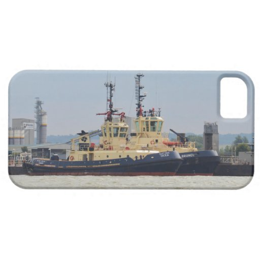 Tugs Cecilia and Brunel iPhone 5 Cases