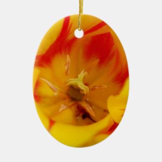 tulip macro ceramic oval decoration