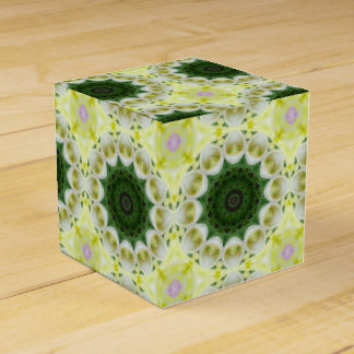 Tulips Flower Mandala, Floral mandala-style Favour Boxes