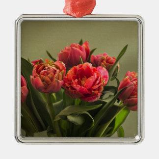 tulips metal ornament