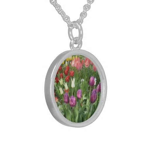 Tulips - Small Sterling Silver Round Necklace