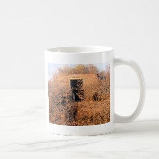 Tundra Shack in Ak Mug