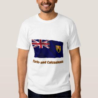 Turks- und Caicosinseln Fliegende Flagge mit Namen T-shirt