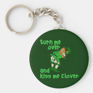 Turn Me Over and Kiss Me Clover Basic Round Button Key Ring