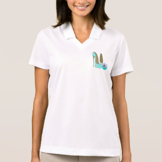 Turquoise Lace Stiletto Shoes and Rose Art T-shirt