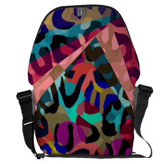 Turquoise Pink Cheetah Vector Commuter Bags