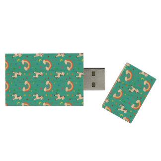 Turquoise rainbow unicorn hearts stars pattern wood USB 2.0 flash drive