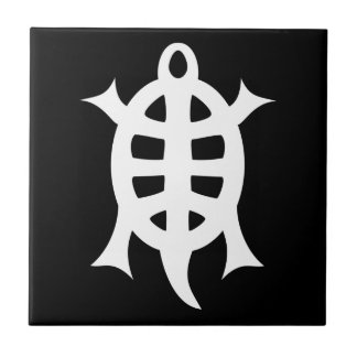 Turtle letter crumbling tile