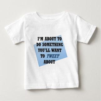 Tweet Worthy Tee Shirt