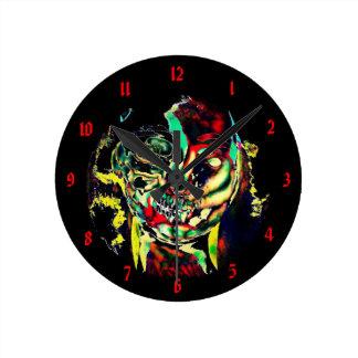 Twiisted Janey Round Clock