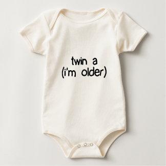 twin a (i'm older) creeper