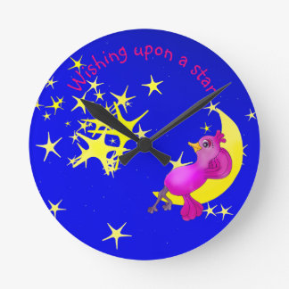 Twinkle Little Star by The Happy Juul Company Round Clock