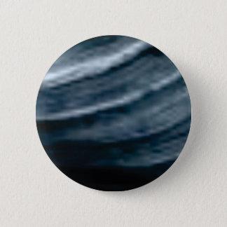 twist of lines 6 cm round badge