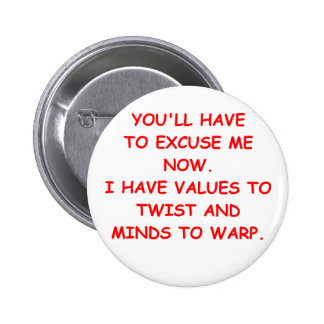 twisted mind 6 cm round badge