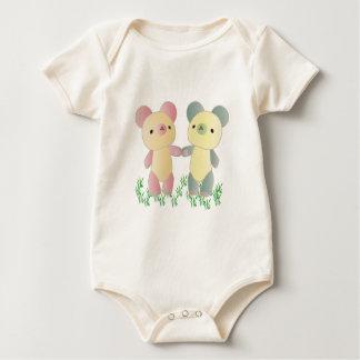 Two Bears Organic Creeper