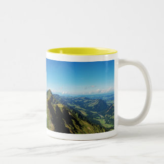 Two-colored cup yellow alps with upper baptism