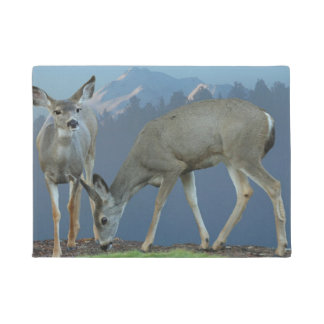 TWO DEER WITH MOUNT SHASTA DOORMAT