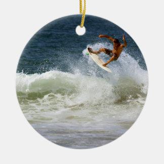 Two guys surf and splash round ceramic decoration