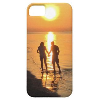 Two lovers at sunrise iPhone 5 covers