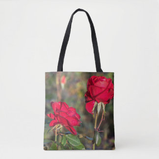 Two red roses all-over-print tote bag