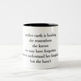 Two-tone poetry mug