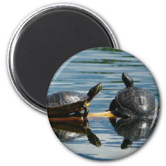 Two Turtles at the Turtle Bar 6 Cm Round Magnet