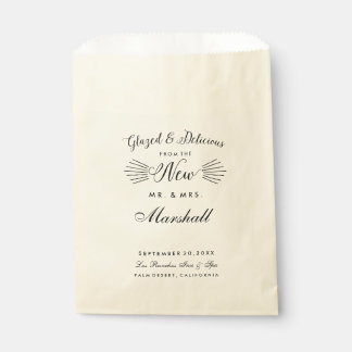 Typography Wedding Treat New Mr. & Mrs. Favour Favour Bags