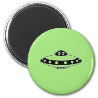 UFO INVASION! MAGNET
