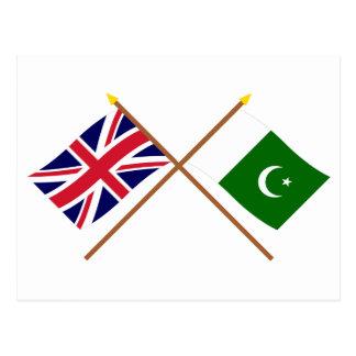 UK and Pakistan Crossed Flags Postcard