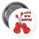 Uke'n be my Valentine ukulele heart 7.5 Cm Round Badge