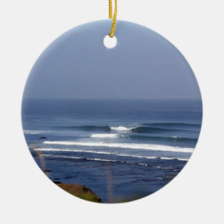 Uluwatu Bali famous surfing wave Round Ceramic Decoration