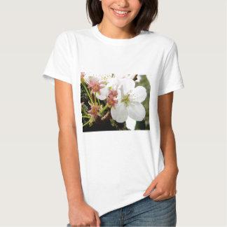 Un Bloomed Tshirts