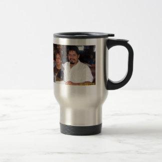 Una taza de cafe con mi madre travel mug