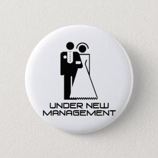 Under New Management Married 6 Cm Round Badge