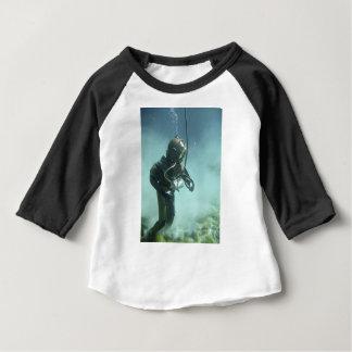 underwater baby T-Shirt
