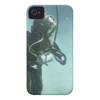 underwater iPhone 4 cases