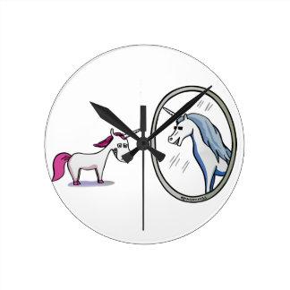 Unicorn before mirrors - Unicorn in front OF Round Clock