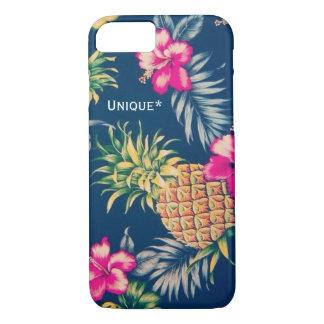 Unique Hawaiian design feat. pineapples & hibiscus iPhone 8/7 Case
