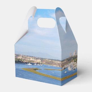Upper Newport Bay - Back Bay Favour Box