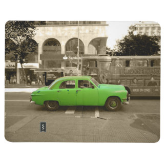 Uruguayan old green car journals