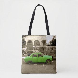 Uruguayan old green car tote bag