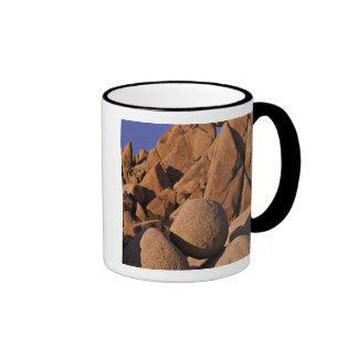 USA, California, Joshua Tree National Park. Ringer Mug
