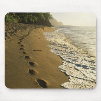 USA, Hawaii, Hanalei. Footprints in sand. Mouse Pad