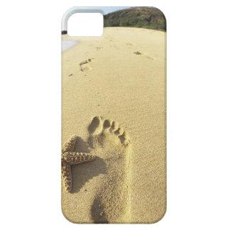 USA, Hawaii, Maui, Makena Beach, Footprint and Case For The iPhone 5