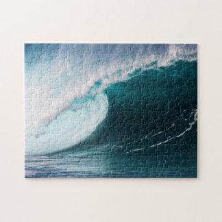 USA, Hawaii, Oahu, Large waves Jigsaw Puzzle