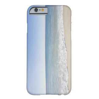 USA, Massachusetts, Waves at sandy beach 2 Barely There iPhone 6 Case