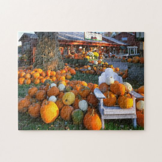USA, New England, Maine, Wells. Autumn Display Jigsaw Puzzle