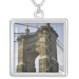 USA, Ohio, Cincinnati: Roebling Suspension Square Pendant Necklace