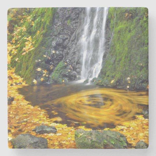 USA, Oregon, Columbia River Gorge National Stone Coaster
