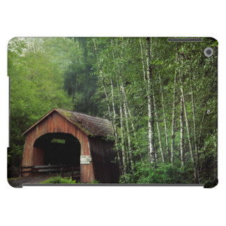 USA, Oregon. Covered Bridge Over North Fork Cover For iPad Air